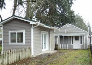 Foreclosed Home in Cottage Grove 97424 S 6TH ST - Property ID: 4374100780