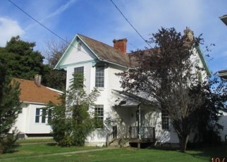 Foreclosed Home in Zanesville 43701 EPPLEY AVE - Property ID: 4374159465