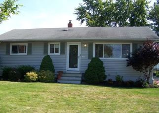 Foreclosed Home in Brook Park 44142 SYLVIA DR - Property ID: 4374190563