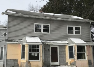 Foreclosed Home in Orchard Park 14127 S BENZING RD - Property ID: 4374307945