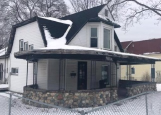 Foreclosed Home in Boyne City 49712 S PARK ST - Property ID: 4374567211