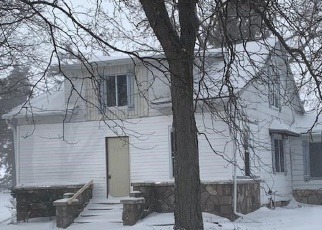 Foreclosed Home in Owosso 48867 CARMODY RD - Property ID: 4374587359