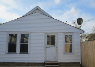 Foreclosed Home in Toledo 43605 WORTHINGTON ST - Property ID: 4374628987