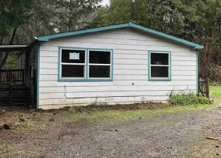 Foreclosed Home in Crescent City 95531 MADRONE ST - Property ID: 4374870733