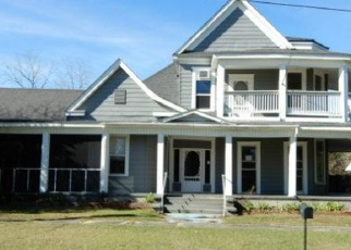 Foreclosed Home in Florala 36442 PECAN ST - Property ID: 4375007825