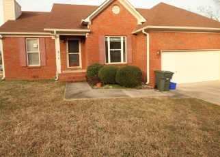 Foreclosed Home in Huntsville 35811 HOLLINGTON DR NE - Property ID: 4375016579