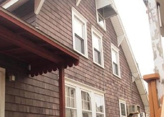 Foreclosed Home in Morrisville 19067 CROWN ST - Property ID: 4375124313