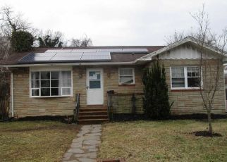 Foreclosed Home in Annapolis 21401 ROSEMARY ST - Property ID: 4375130900