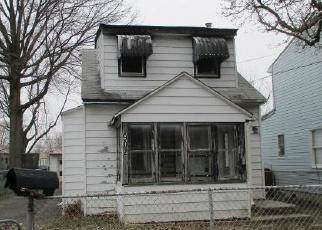 Foreclosed Home in Croydon 19021 SECOND AVE - Property ID: 4375131322