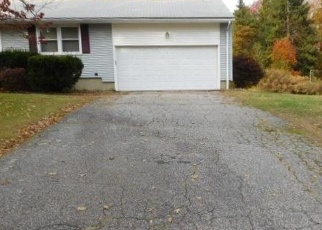 Foreclosed Home in Trumbull 06611 MARATHON RD - Property ID: 4375182571