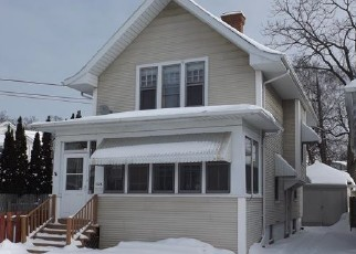 Foreclosed Home in Racine 53405 THURSTON AVE - Property ID: 4375582434