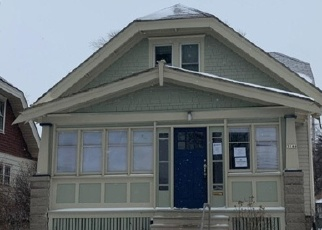 Foreclosed Home in Milwaukee 53222 N 76TH ST - Property ID: 4375583313