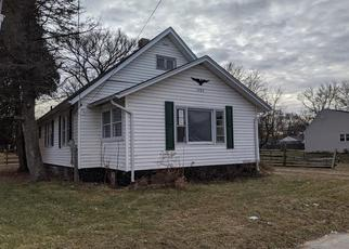 Foreclosed Home in Rockford 61101 GILBERT AVE - Property ID: 4375600391