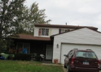 Foreclosed Home in Romulus 48174 RIVEROAK DR - Property ID: 4375662596