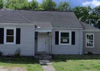 Foreclosed Home in Richmond 23222 W CHATHAM DR - Property ID: 4375704189