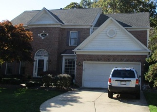 Foreclosed Home in Fairfax Station 22039 NUTHATCH DR - Property ID: 4375716910