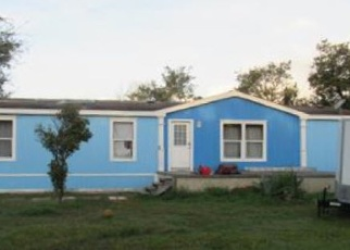 Foreclosed Home in Rockport 78382 N GAGON ST - Property ID: 4375787407