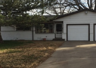 Foreclosed Home in Dimmitt 79027 W CLEVELAND ST - Property ID: 4375810179