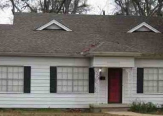 Foreclosed Home in Texarkana 75503 OLIVE ST - Property ID: 4375879833