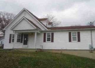Foreclosed Home in Lake City 37769 GILLIAM ST - Property ID: 4375900857