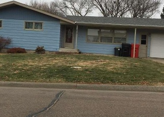 Foreclosed Home in Yankton 57078 MAPLE ST - Property ID: 4375975741