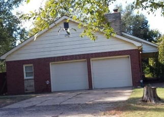 Foreclosed Home in Haysville 67060 W 71ST ST S - Property ID: 4376047572