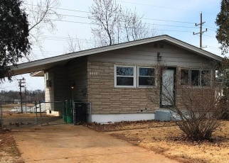 Foreclosed Home in Saint Louis 63137 LILAC AVE - Property ID: 4376082609