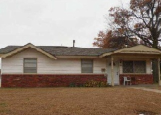 Foreclosed Home in Enid 73703 HITE BLVD - Property ID: 4376239848