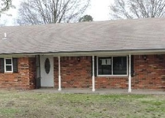 Foreclosed Home in Okmulgee 74447 N 253 RD - Property ID: 4376257807
