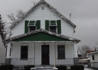 Foreclosed Home in Cleveland 44128 E 154TH ST - Property ID: 4376324814