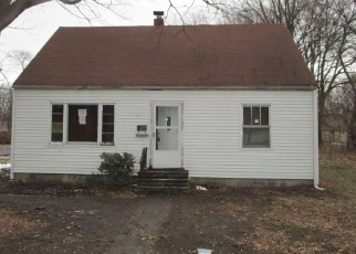 Foreclosed Home in Toledo 43613 WINONA DR - Property ID: 4376346714