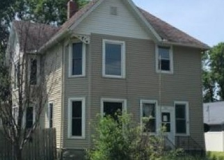 Foreclosed Home in Winnebago 56098 1ST AVE NW - Property ID: 4376562630
