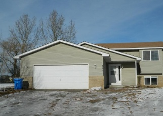 Foreclosed Home in Isanti 55040 DOGWOOD ST SW - Property ID: 4376577518