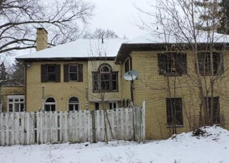 Foreclosed Home in Youngstown 44511 VOLNEY RD - Property ID: 4376825408