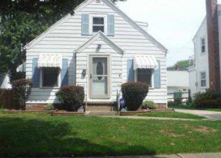 Foreclosed Home in Toledo 43614 TULLY AVE - Property ID: 4376876656