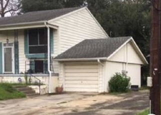 Foreclosed Home in Lafayette 70501 NORMAN DR - Property ID: 4376890675