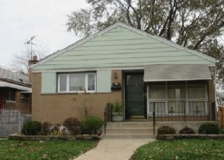 Foreclosed Home in Riverdale 60827 S WINCHESTER AVE - Property ID: 4377011998