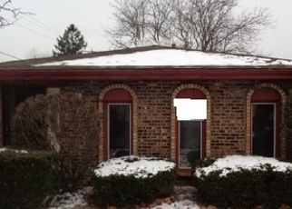Foreclosed Home in Calumet City 60409 GREENBAY AVE - Property ID: 4377095195