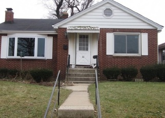 Foreclosed Home in Chicago Heights 60411 W 25TH ST - Property ID: 4377097837