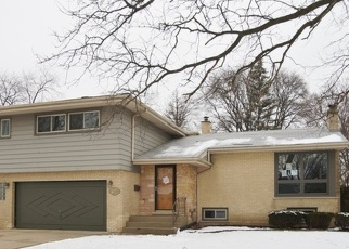 Foreclosed Home in Palatine 60067 W DANIELS RD - Property ID: 4377131557