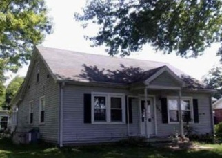 Foreclosed Home in Scottsville 42164 FRANKLIN RD - Property ID: 4377143375