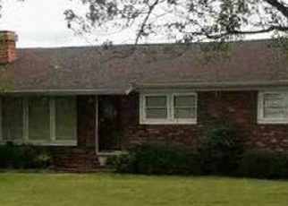 Foreclosed Home in Kevil 42053 GAGE RD - Property ID: 4377154322
