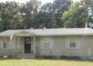 Foreclosed Home in Calvert City 42029 CRABAPPLE DR - Property ID: 4377160458