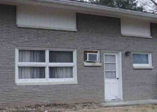 Foreclosed Home in Radcliff 40160 WINGARD DR - Property ID: 4377186745