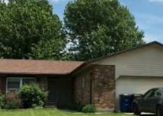 Foreclosed Home in Wilmington 45177 RITA PL - Property ID: 4377201632