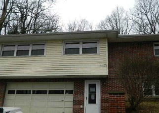 Foreclosed Home in Huntington 25705 MARQUIS DR - Property ID: 4377205576