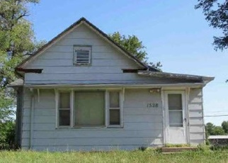 Foreclosed Home in Hutchinson 67501 E 6TH AVE - Property ID: 4377236670