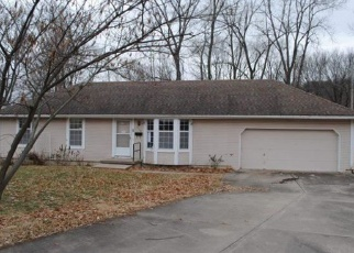 Foreclosed Home in Leavenworth 66048 S 19TH ST - Property ID: 4377262959