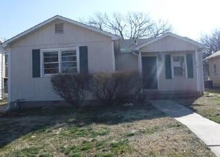 Foreclosed Home in El Dorado 67042 POPLAR ST - Property ID: 4377290987