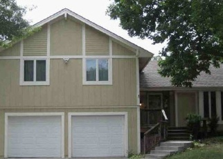 Foreclosed Home in Olathe 66062 S LENNOX DR - Property ID: 4377293155